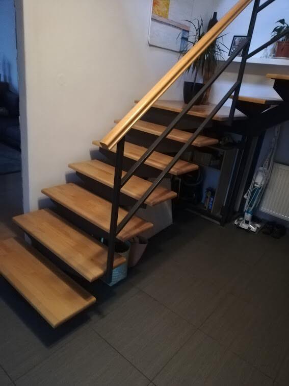 dreveno kovove schody